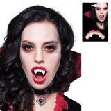 Gruselige Vampirzähne